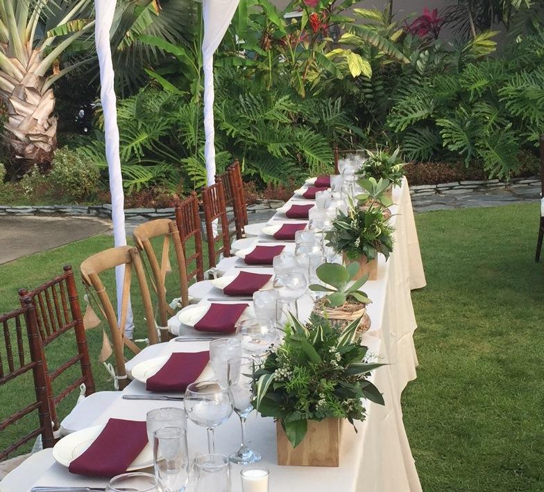 eco-friendly all foliage table decor